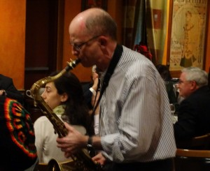 cropped-mark-playing-at-germanos-12-31-141.jpg